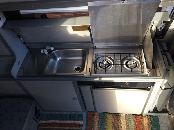 rent  volkswagen eurovan campervan rocky mountain campervans