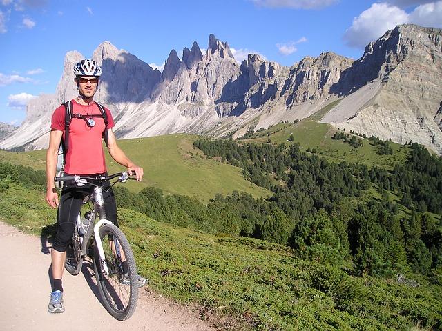 Top Mountain Biking Destinations by Campervan